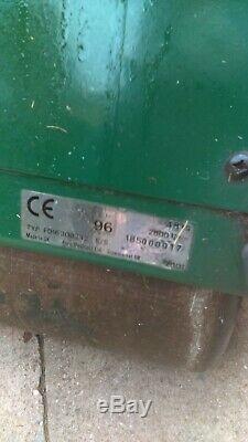 Atco Balmoral 17S self Propelled petrol lawnmower Cylinder Roller petrol