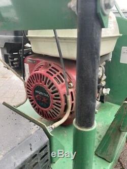 Billy Goat QV550HSP 33 QUIETVAC Walk Behind Self Propelled Wheeled Vacuum