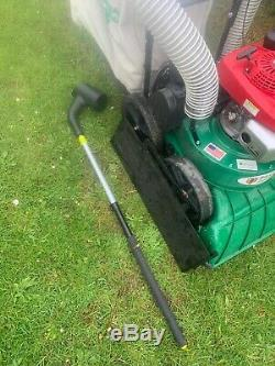 Billy goat TK self propelled Honda leaf vacuum with extension pipe