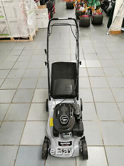 Ex-Display Mountfield SP41 123cc Four-Wheeled Self-Propelled Rotary Mower 39cm