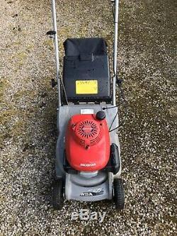 Honda HR425 Self Propelled Petrol Roller lawnmower