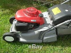 Honda HRB425C Self Propelled Rear Roller Petrol lawnmower 19 CUT Mower