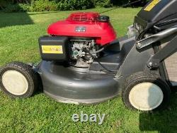 Honda HRD536 C TXE 2.7Kw self-propelled Petrol Lawnmower (2012) with Grass Bag