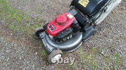 Honda HRD536 Self Propelled Rear Roller Drive Mower 21 Cut Honda Engine