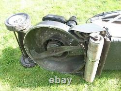 Honda HRH 536 pro roller lawn mower