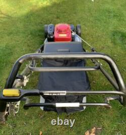 Honda HRH536 QXE 21 inch PRO Rear Roller Cut Lawn Mower Power Drive 2015