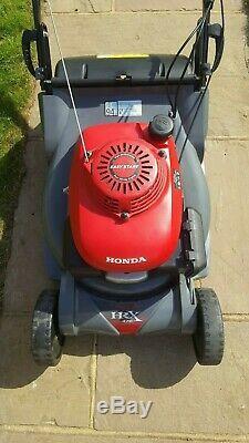 Honda HRX476QXE Self Propelled, Rear Roller, 48cm/19 Cut Lawn Mower