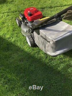 Honda Isy petrol self propelled lawn mower