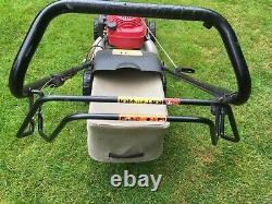 Honda Izy petrol engined lawn mower