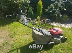 Honda petrol lawnmower, self-propelled, size medium