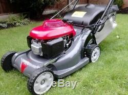 Hrx426c Qxe. 17 Honda Self Propelled Roller Complete With Brand New Grass Bag