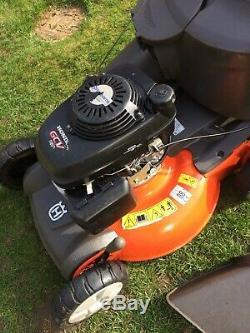 Husqvarna R152svh Self Propelled Petrol Lawnmower Honda Lawn Mower Mulcher 21