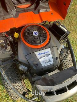 Husqvarna R422Ts Outfront Ride On Mulching Mower