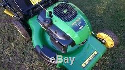 John Deere JM36'MowMentum' 22 Self Propelled Petrol Lawnmower
