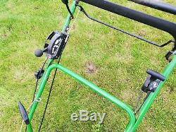 John Deere JS63VC mulching lawn mower self propelled
