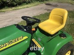 John Deere LT170 Ride On Mower