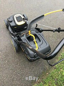 Mcculloch 18 Self Propelled Lawnmower with grass bag