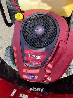 Mountfield 1740H Ride On Mower Lawn Tractor Hydrostatic Drive 40 Cut MTD