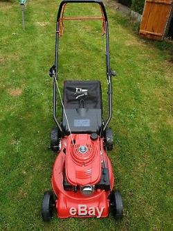 Petrol Lawnmower Self Propelled 4-Stroke Air Cooled Einhell GC-PM 40 S-P