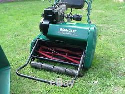 Qualcast Suffolk Classic 43s (17) 43cm Self Propelled Cylinder Petrol Lawnmower