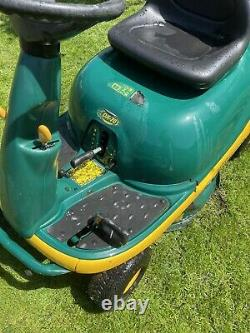 Ride on, Sit On, Mower MTD Yardman DX70 with grass collector