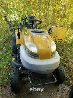 Ride on lawn mower tractor