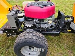 Stiga Park Compact 16 Ride On Mower 105 Combi Deck