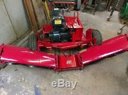 Toro 70 professional self propelled petrol gang mower