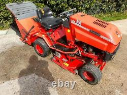 Westwood S1300 Ride On Mower With Collector