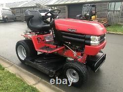 Westwood V2050 Ride On Mower